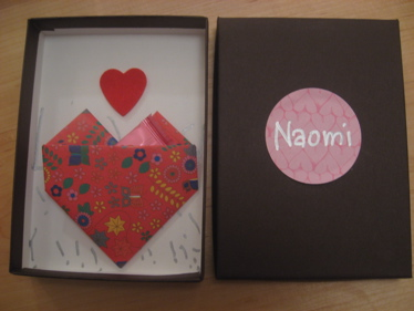 Binth valentine box with lid