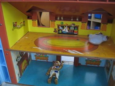 Fp house rug room
