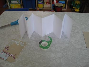 Accordian paper