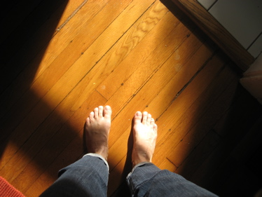 Fall light feet
