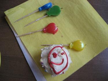 Smiley cupcake