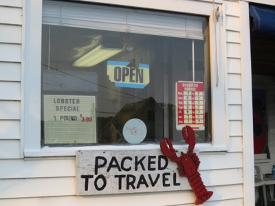 Lobsters packed to travel