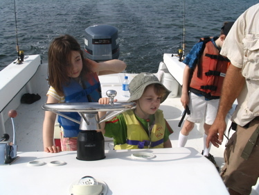Sam_and_dassah_on_boat