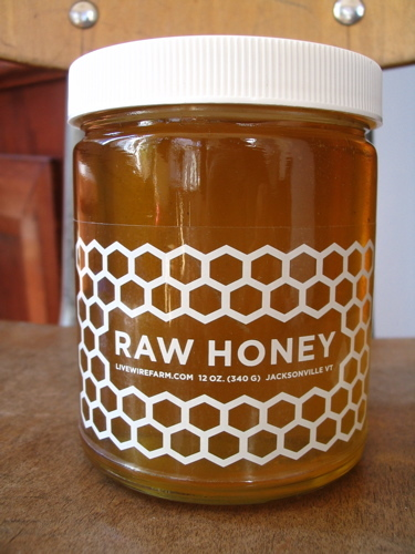 Raw_honey_live_wire