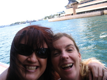 Tracey_and_bon_on_ferry_2