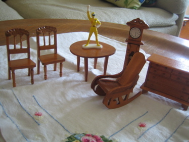 Dollhouse_furniture