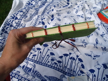 Hand_stitching_on_heather_book