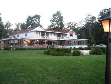Lakeside_inn