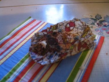 Spiderman_cupcake_and_napkin