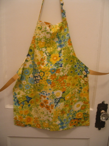 Spring_apron_for_sam