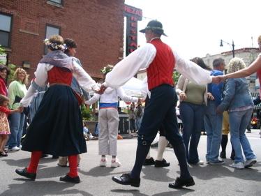 Swedish_dancers